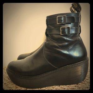 Cailtin Dr. Martens Boots